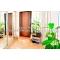 Сдам 2 к.  дом в Ялте,  с большим зеленым двором,  мангалом,  гаражом